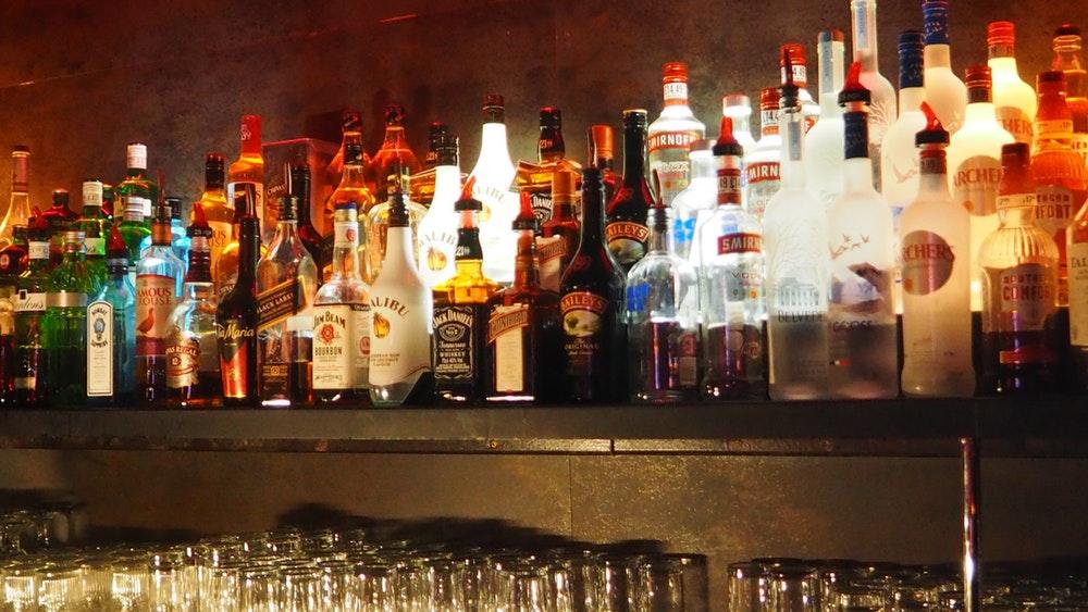 drank bar