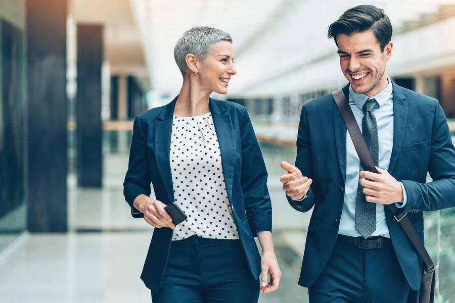Zoek je een dynamische en uitdagende functie? Ga werken bij de overheid