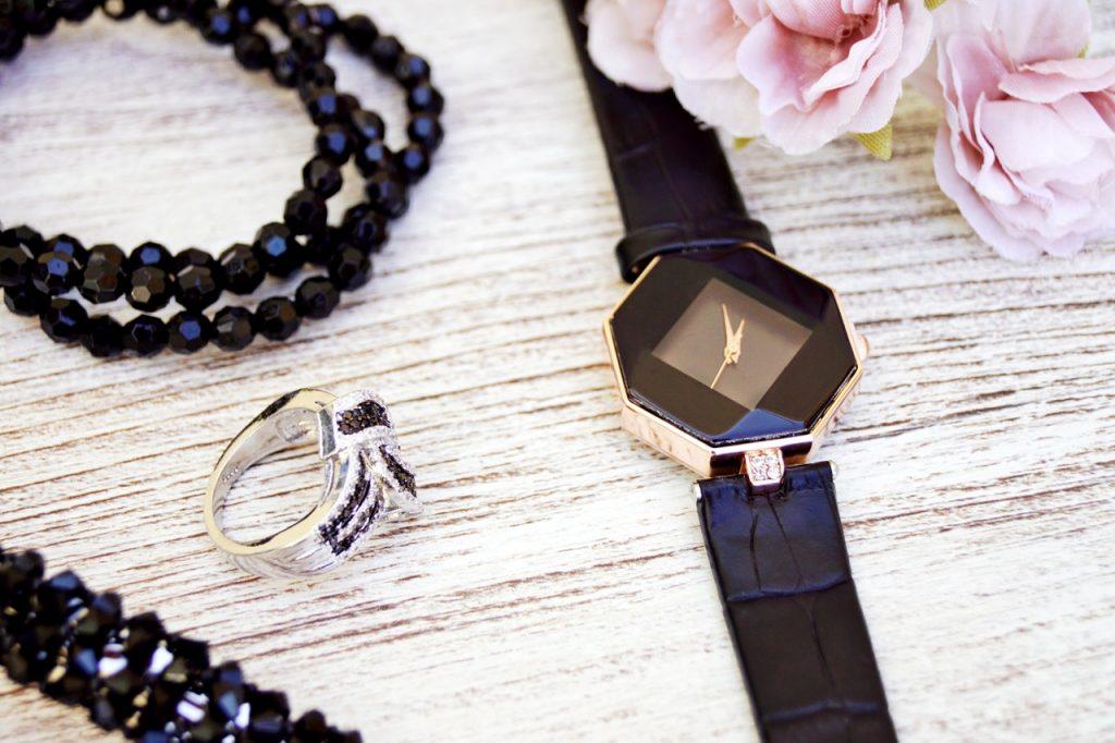 Horloge en sieraden